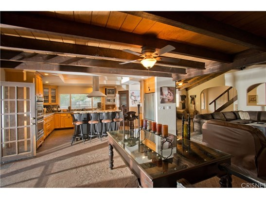 Single Family Residence - Agua Dulce, CA (photo 4)