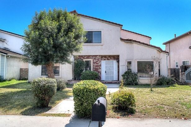 Mediterranean, Single Family Residence - North Hills, CA (photo 1)