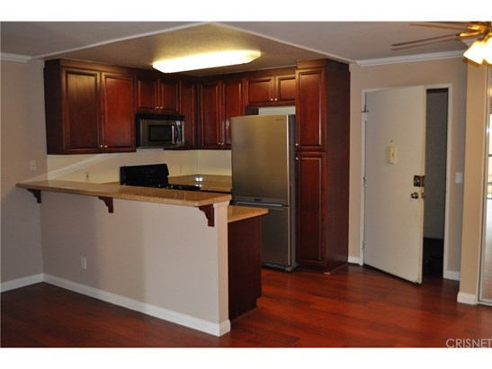 Condominium - Woodland Hills, CA (photo 5)