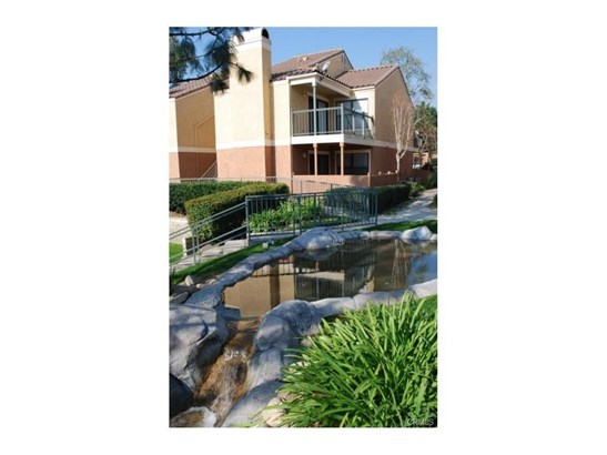 Condominium - Rancho Cucamonga, CA (photo 3)