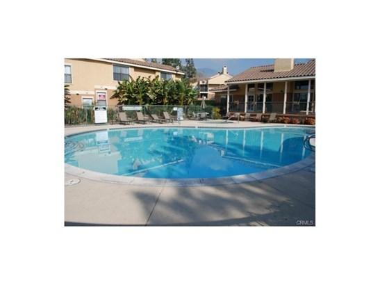 Condominium - Rancho Cucamonga, CA (photo 4)