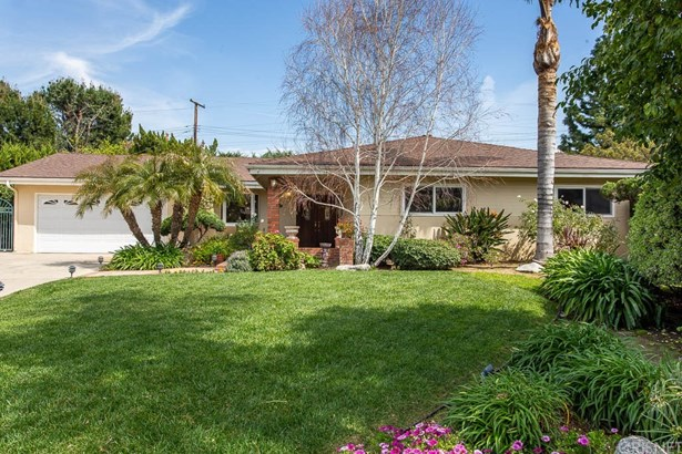Ranch,Traditional, Single Family Residence - Porter Ranch, CA