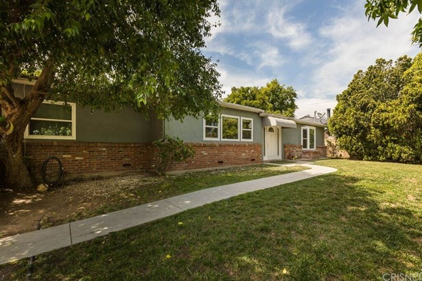 Single Family Residence, Contemporary - Sylmar, CA (photo 1)
