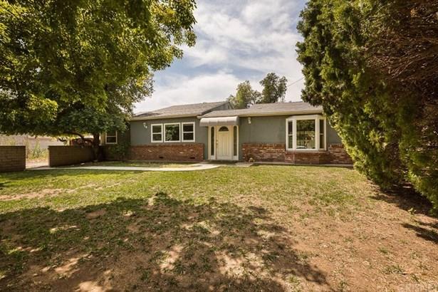 Single Family Residence, Contemporary - Sylmar, CA (photo 2)