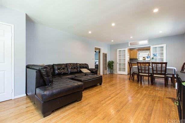 Single Family Residence, Contemporary - Sylmar, CA (photo 4)