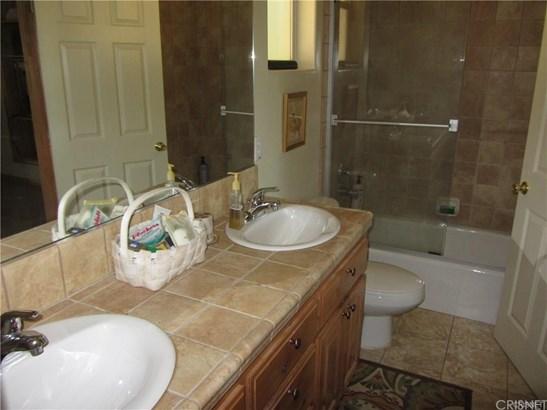 Single Family Residence - Lake Arrowhead, CA (photo 5)