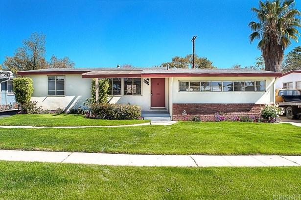 Single Family Residence, Bungalow - Panorama City, CA (photo 1)