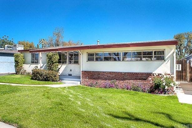 Single Family Residence, Bungalow - Panorama City, CA (photo 3)