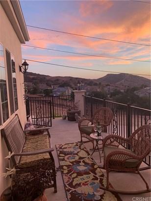 Single Family Residence - Simi Valley, CA