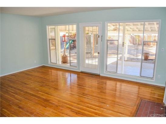 Single Family Residence - Van Nuys, CA (photo 4)