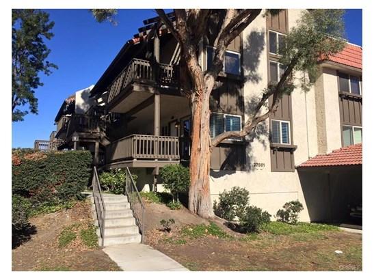 Condominium, Traditional - Canyon Country, CA (photo 1)