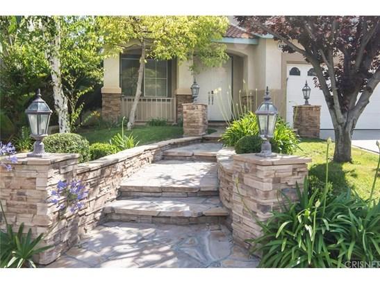 Single Family Residence - Stevenson Ranch, CA (photo 3)