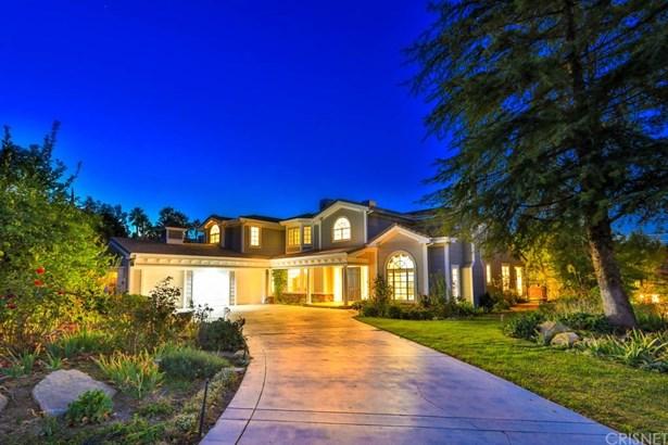 Cape Cod, Single Family Residence - Chatsworth, CA (photo 1)
