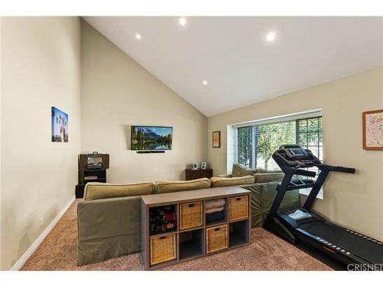 Tudor, Single Family Residence - West Hills, CA (photo 4)