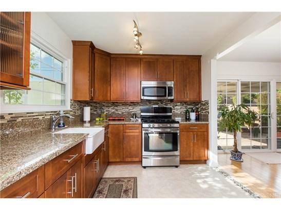 Single Family Residence, Modern - Granada Hills, CA (photo 3)