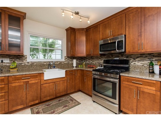 Single Family Residence, Modern - Granada Hills, CA (photo 5)