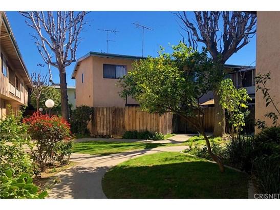 Condominium, Traditional - Panorama City, CA (photo 1)