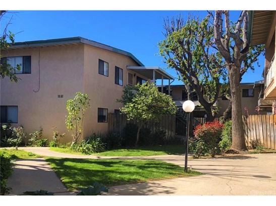 Condominium, Traditional - Panorama City, CA (photo 2)