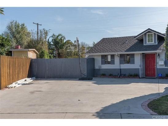 Single Family Residence - Reseda, CA (photo 3)