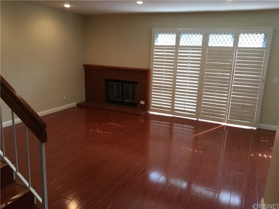 Townhouse - Porter Ranch, CA (photo 5)