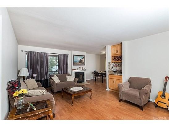 Condominium - Canoga Park, CA (photo 4)