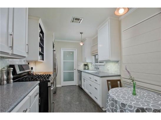 Single Family Residence - Reseda, CA (photo 5)