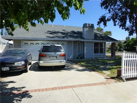 Single Family Residence, Contemporary - Chatsworth, CA (photo 2)