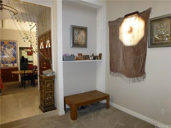 Single Family Residence, Contemporary - Chatsworth, CA (photo 5)