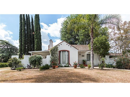 Single Family Residence, Spanish - Granada Hills, CA (photo 2)