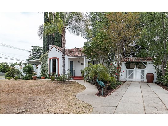 Single Family Residence, Spanish - Granada Hills, CA (photo 3)