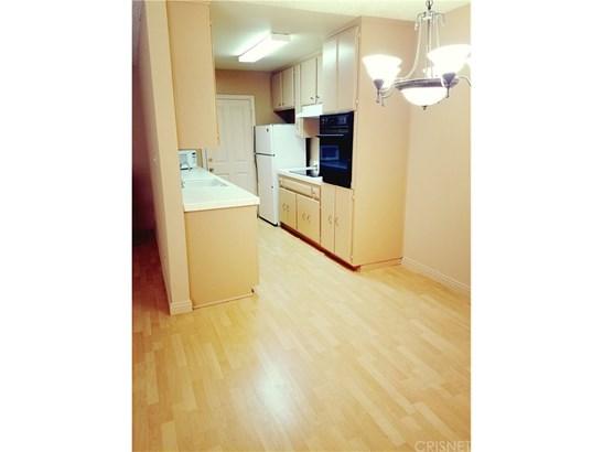 Condominium - Sherman Oaks, CA (photo 2)
