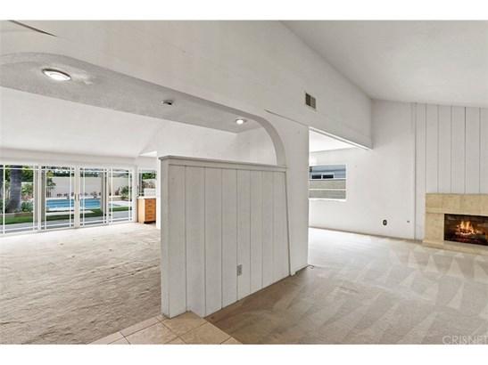 Single Family Residence, Spanish - Northridge, CA (photo 4)