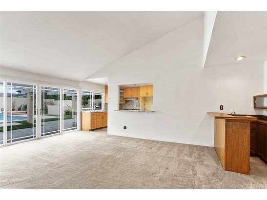 Single Family Residence, Spanish - Northridge, CA (photo 5)