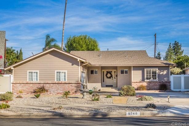 Single Family Residence, Traditional - Northridge, CA (photo 1)