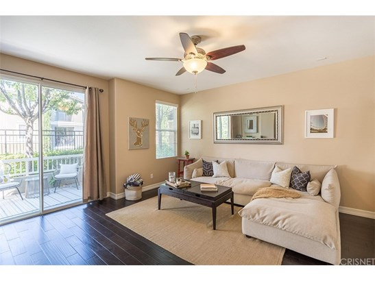 Condominium - Valencia, CA (photo 5)