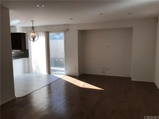 Single Family Residence - Sherman Oaks, CA (photo 2)
