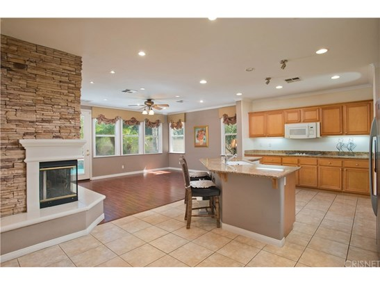 Single Family Residence, Contemporary - Stevenson Ranch, CA (photo 3)