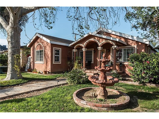 Single Family Residence - San Fernando, CA (photo 1)