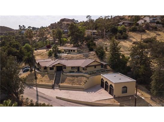 Single Family Residence, Custom Built - West Hills, CA