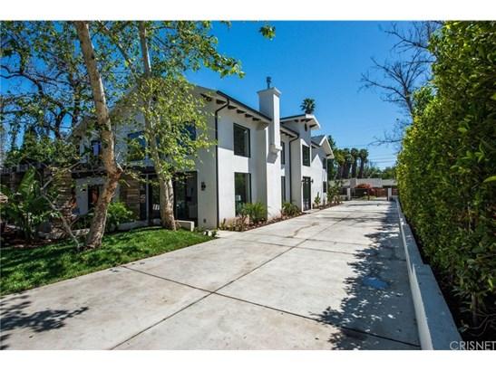 Contemporary,Modern, Single Family Residence - Tarzana, CA (photo 3)