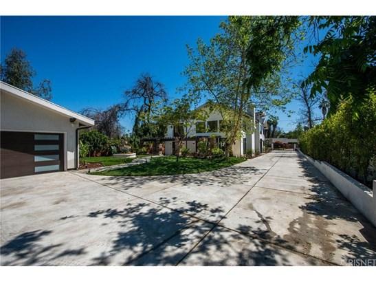 Contemporary,Modern, Single Family Residence - Tarzana, CA (photo 4)