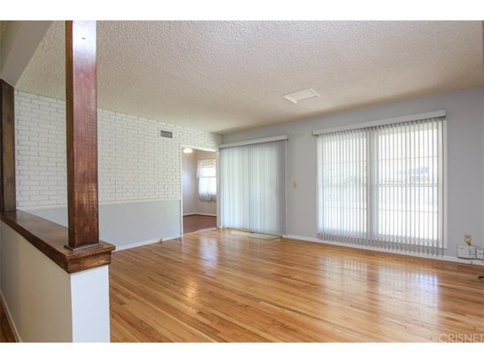 Single Family Residence, Ranch - Mission Hills (San Fernando), CA (photo 5)