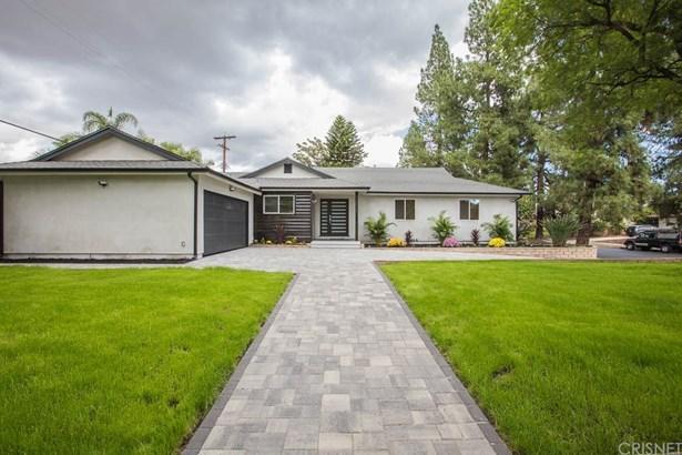 Single Family Residence, Traditional - Northridge, CA (photo 2)