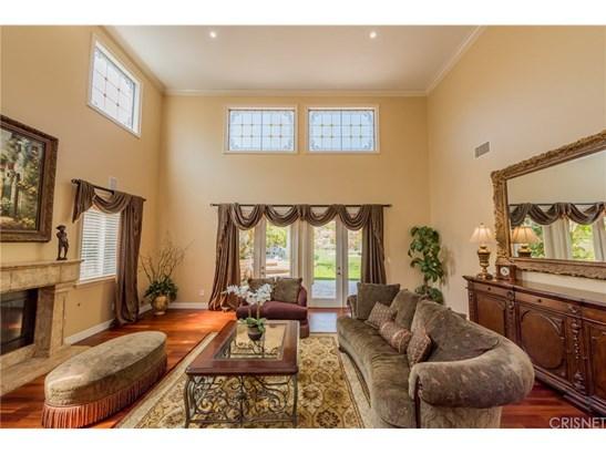 Mediterranean, Single Family Residence - Granada Hills, CA (photo 5)