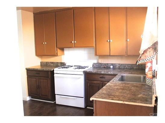 Residential Income - Northridge, CA (photo 5)