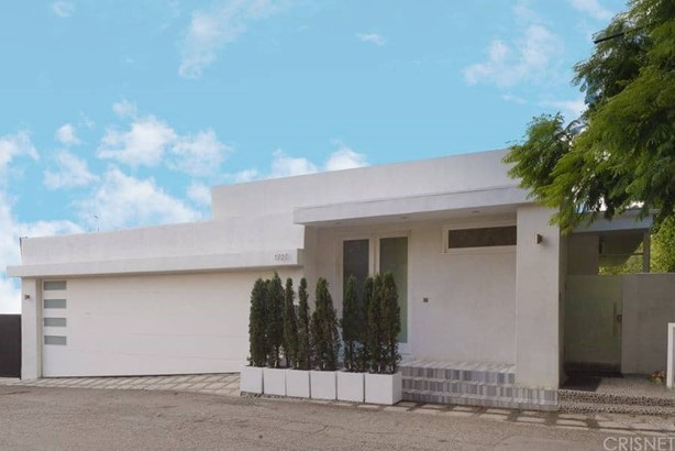 Contemporary,Modern, Single Family Residence - West Hollywood, CA (photo 2)