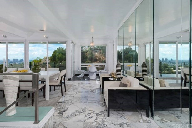 Contemporary,Modern, Single Family Residence - West Hollywood, CA (photo 5)