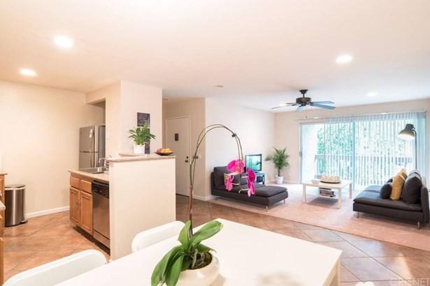 Condominium - Calabasas, CA (photo 1)