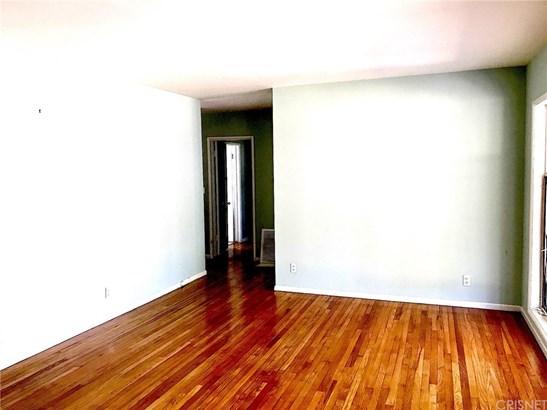 Single Family Residence - Van Nuys, CA (photo 3)