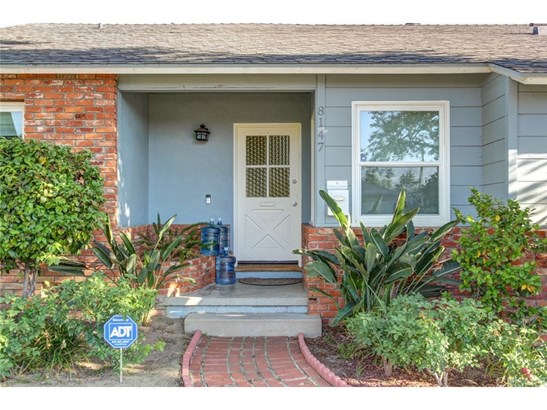 Single Family Residence, Ranch - Lake Balboa, CA (photo 3)